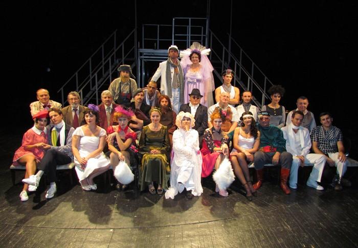 Turneu Teatru Românesc la București și Chișinău