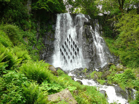 Lauren Gongora Changes The Flow of A Waterfall With Hi Geometric Installation