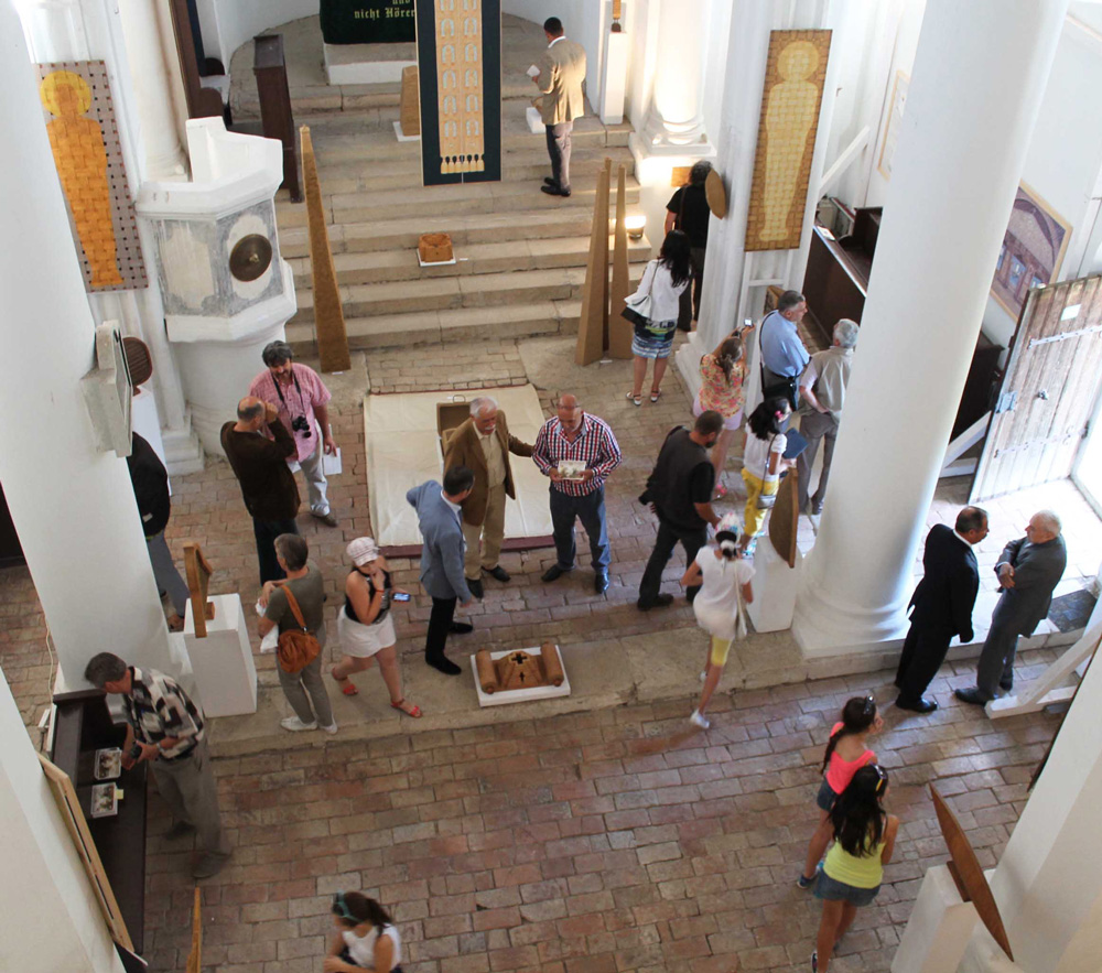 """Expoziţie Onisim Colta, """"În chivot la Herina"""" @ Biserica Evanghelică din Herina"""