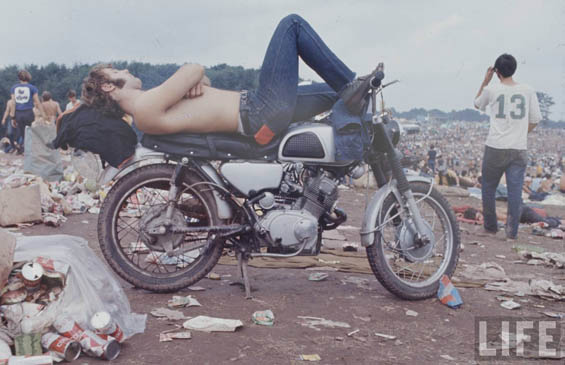 Photos of Woodstock Music Festival Capture Peace, Love, and Rock 'n' Roll