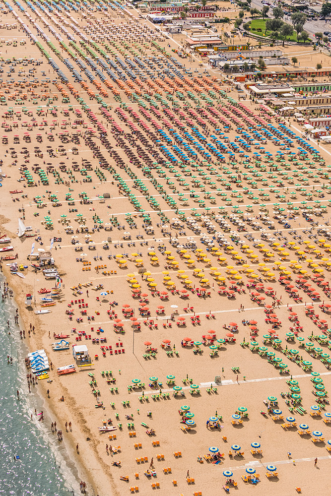 Colorful Aerial Photos of Italian Beach Resorts