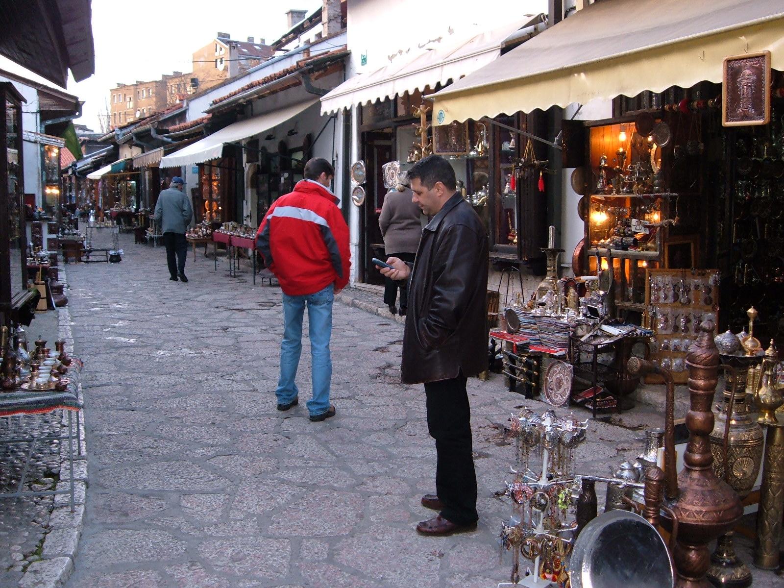 18 In vechiul centru comercial din Sarajevo