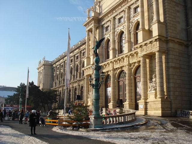 Resize of 16 Muzeul de istorie naturala