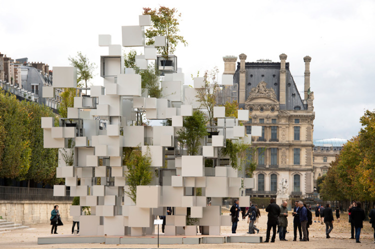 'Many Small Cubes', An Outdoor Installation of Aluminum Cubes and Live Plants in Paris