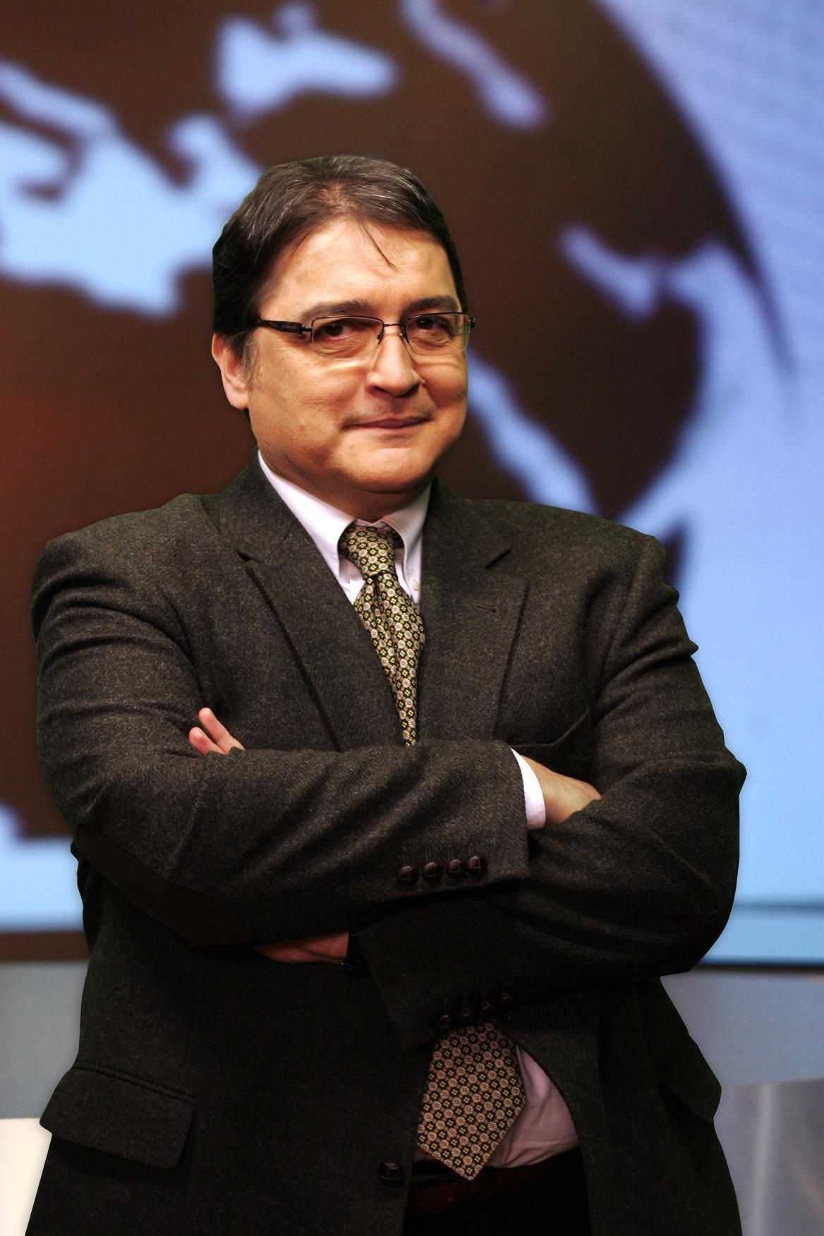 Emil Hurezeanu vine la Conferințele Teatrului Național