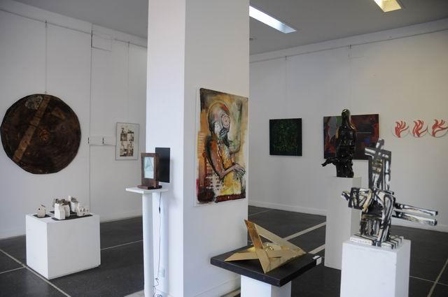 SALONUL DE IARNĂ @ Galeria Orizont, București
