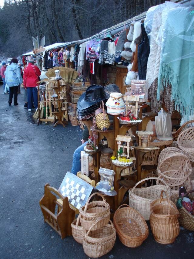 Resize of 25 Shopping pe Valea Prahovei