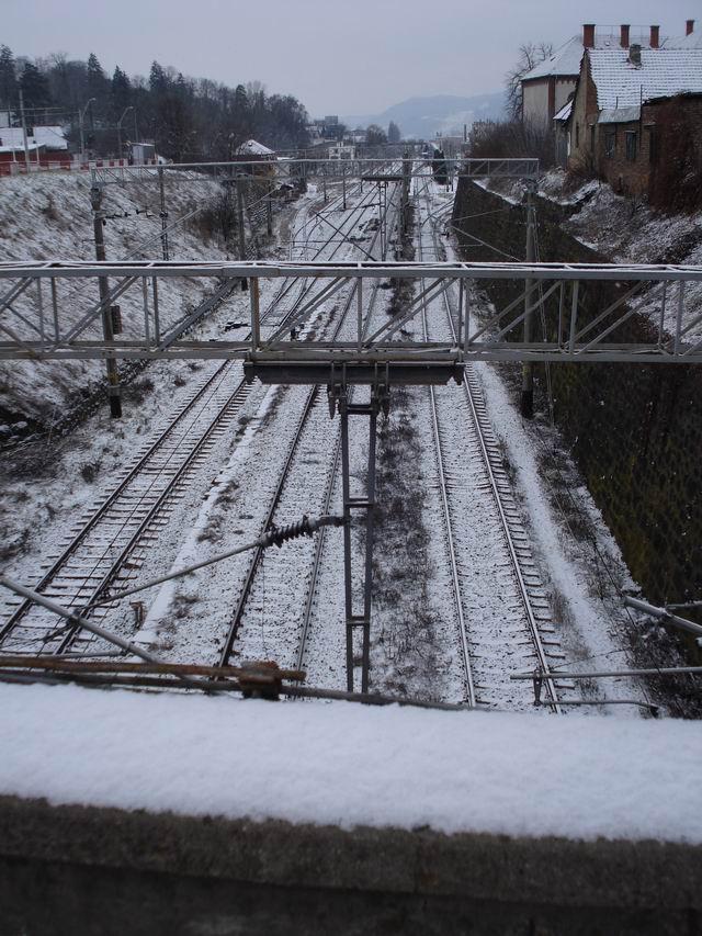 Resize of 8 Medias peste calea ferata
