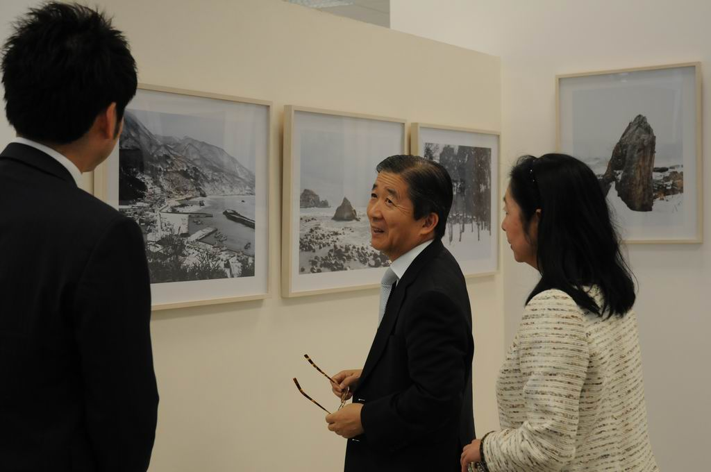 Finisajul expozitiei TOHOKU – Through the Eyes of Japanese Photographers @ PostModernism Museum