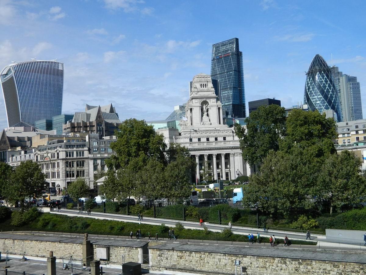 Firescul și calmul Londrei fost-imperiale