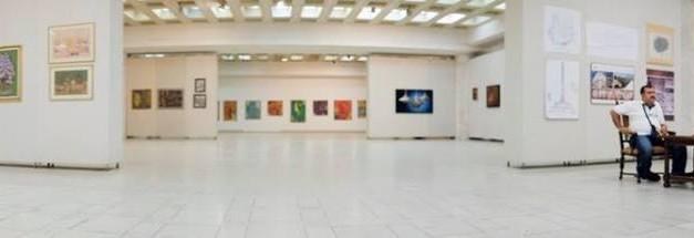 Salonul Național de Artă – Temeiuri Salonul de Primăvară Oglindire şi transfigurare S N A TEMEIURI 9