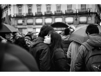 """Expoziţia """"Limbo"""" de Iulian Zămbrean în cadrul Festivalului Imaginaria, fotografía en primavera 2016"""
