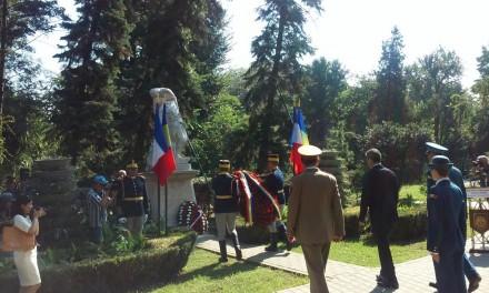 Ceremonie comemorativă româno-franceză în Cișmigiu