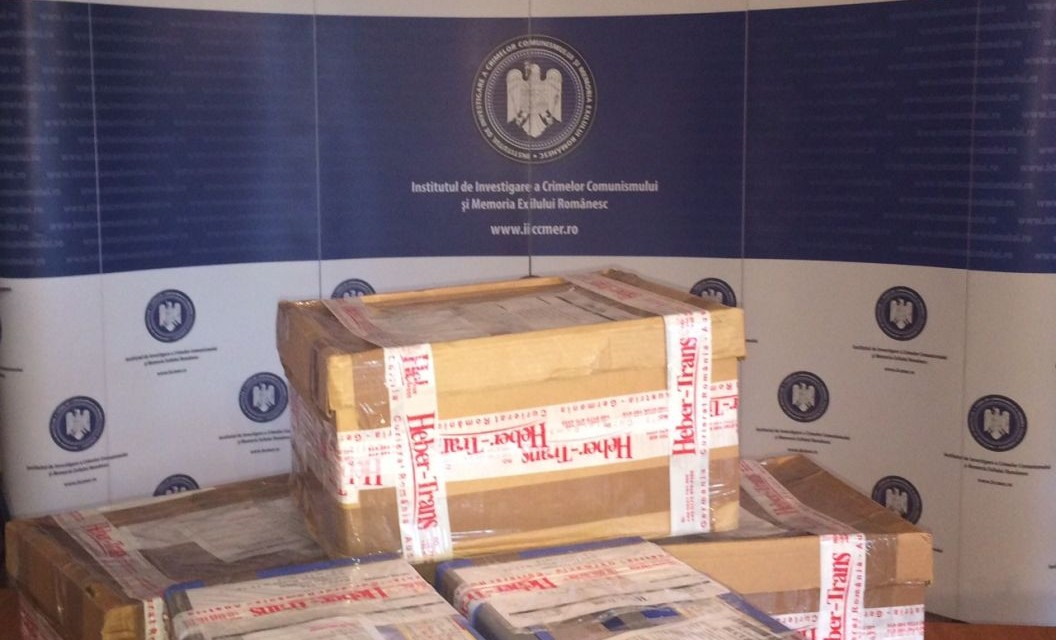 Donație arhiva Europa Liberă Munchen către IICCMER