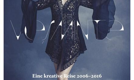 """Expoziţia de design vestimentar """"VEŞMINTE"""" de Patricia Vincent la Institutul Cultural Român de la Viena"""