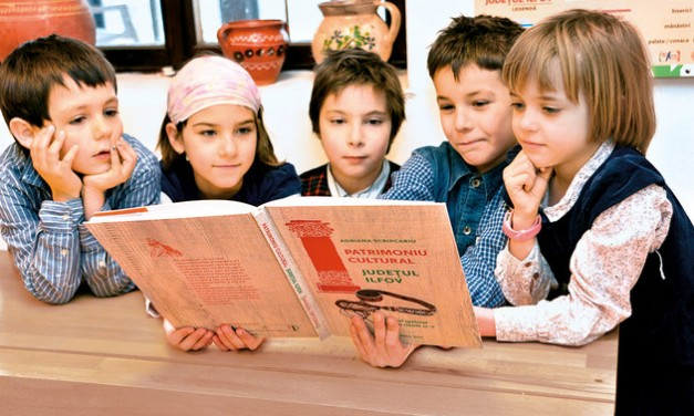 Cartea despre patrimoniu pentru copii @ Centrul de Teatru Educațional Replika
