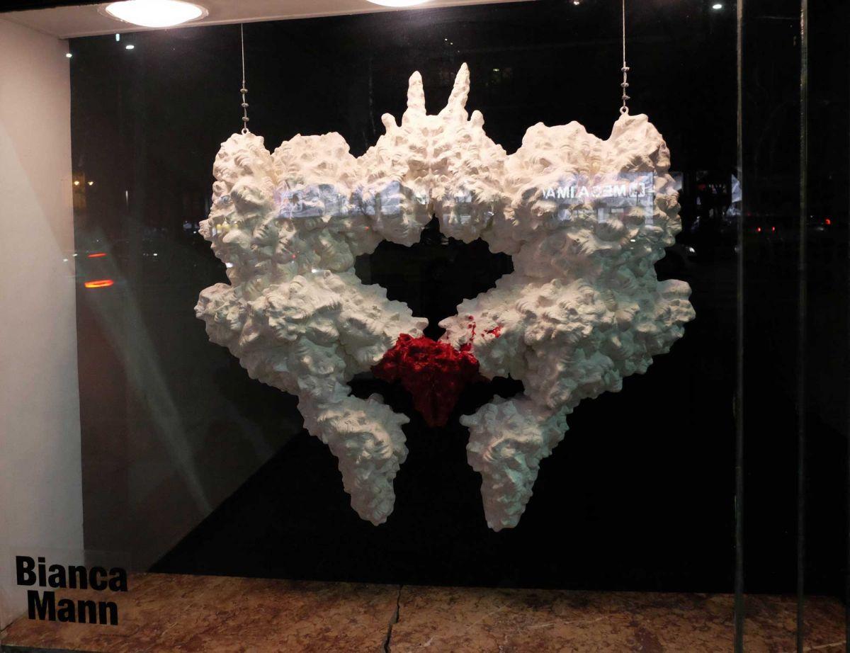 bianca-mann-amorphos-arta-la-fereastra-galeria-simeza-3