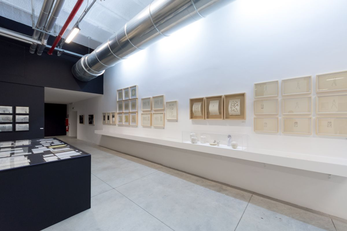 installation-view-non-aligned-modernity-exhibition-photos-by-andrej-sapric-1