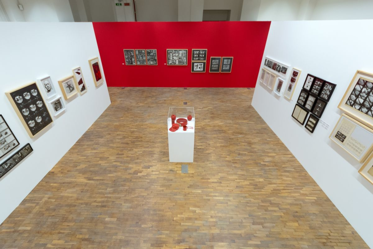 installation-view-non-aligned-modernity-exhibition-photos-by-andrej-sapric-37