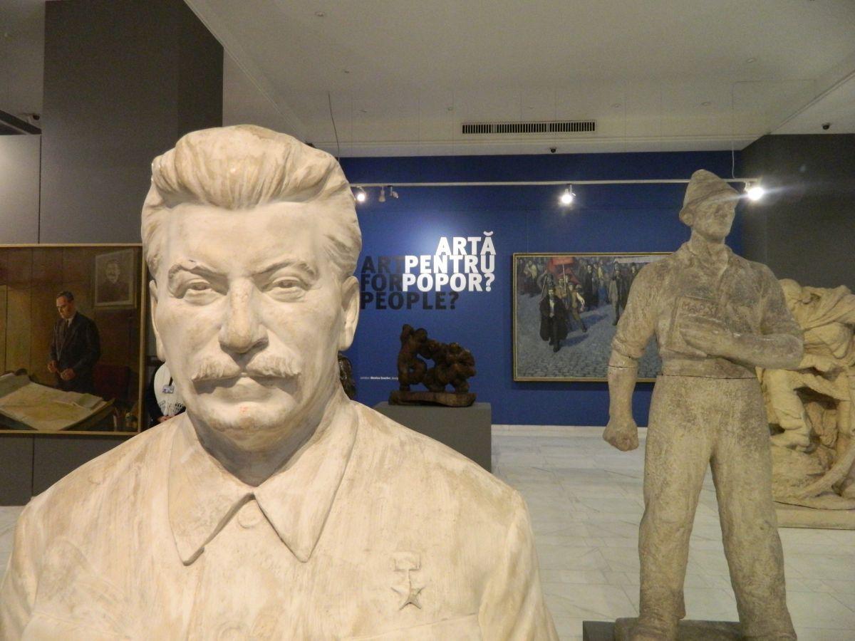 Arta pentru popor cu Stalin