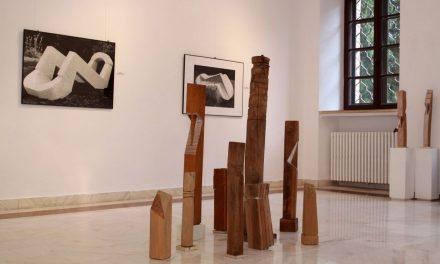 """Liviu Russu """"Zidirea"""" desen și sculptură @ Centrul Cultural Palatele Brâncovenești"""