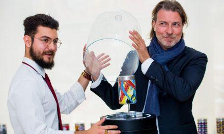 Un student român completează lista artiștilor celebri implicați în proiectul illy Art Collection