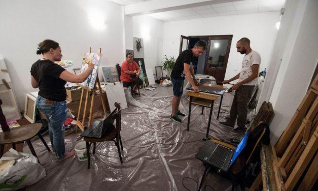 """Tabăra de Arte Vizuale """"Vlaicu Ionescu"""" –  Călimăneşti 2016"""