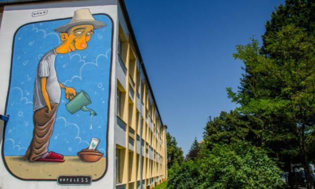 Sibiul găzduiește singurul Circuit de Artă Stradală din lume care cuprinde școli și licee, cu peste 3.500 de metri pătrați de picturi murale