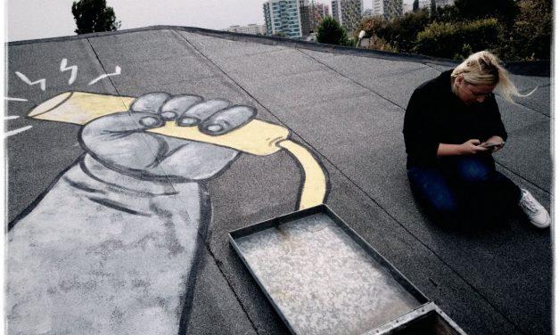 Prima expoziție din lume de street-art pe acoperișuri în Pantelimon