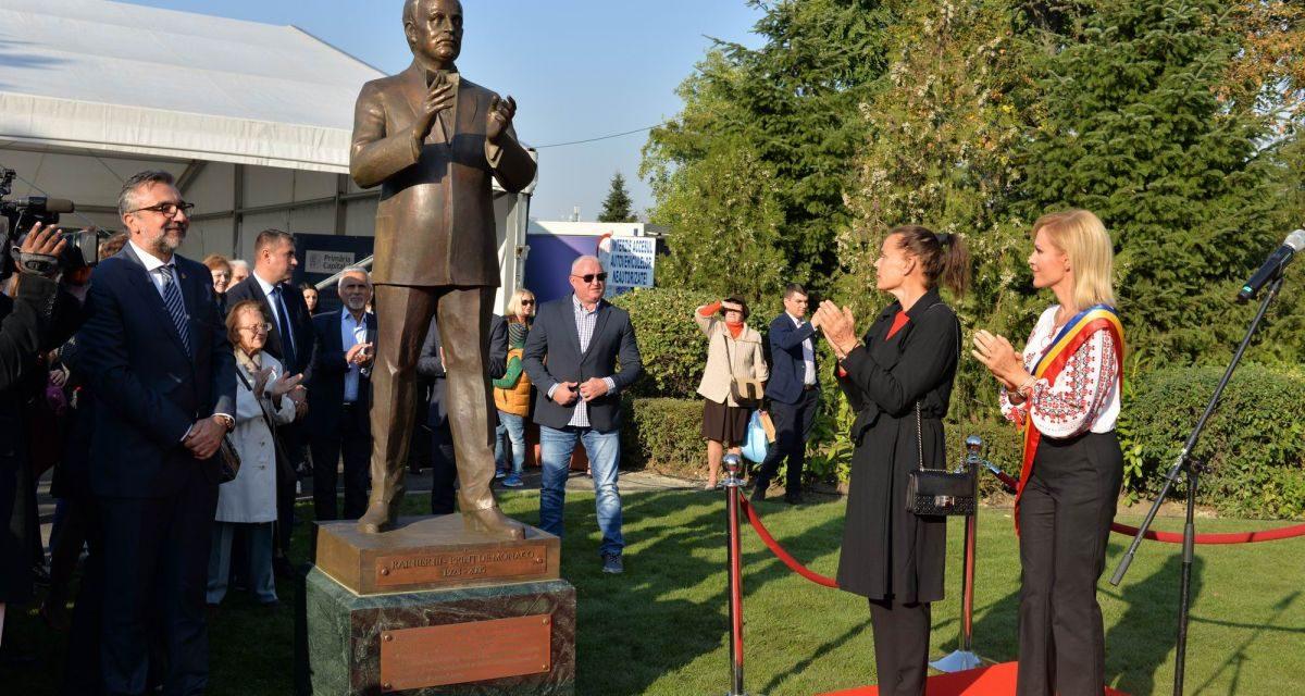 Statuia prințului Rainier al III-lea de Monaco @ Parcul Circului