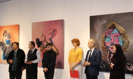 "Expoziția de pictură Obie Platon ""Satisfashion"" @ ICR Beijing"