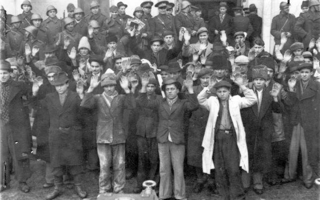 Comemorarea a 77 de ani de la masacrul de la Jilava și a Pogromului de la Bucureşti @ Teatrul Evreiesc de Stat
