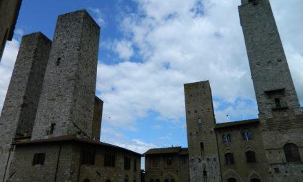 Turnuri, piatră și tortură