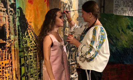 """100 conactions from #"" – Mirela Traistaru la Cabaret Voltaire Zuric, Elvetia"