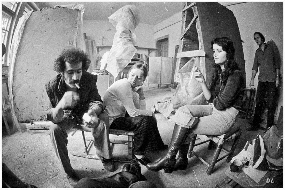 Dumitru Șerban în atelier în anii 80