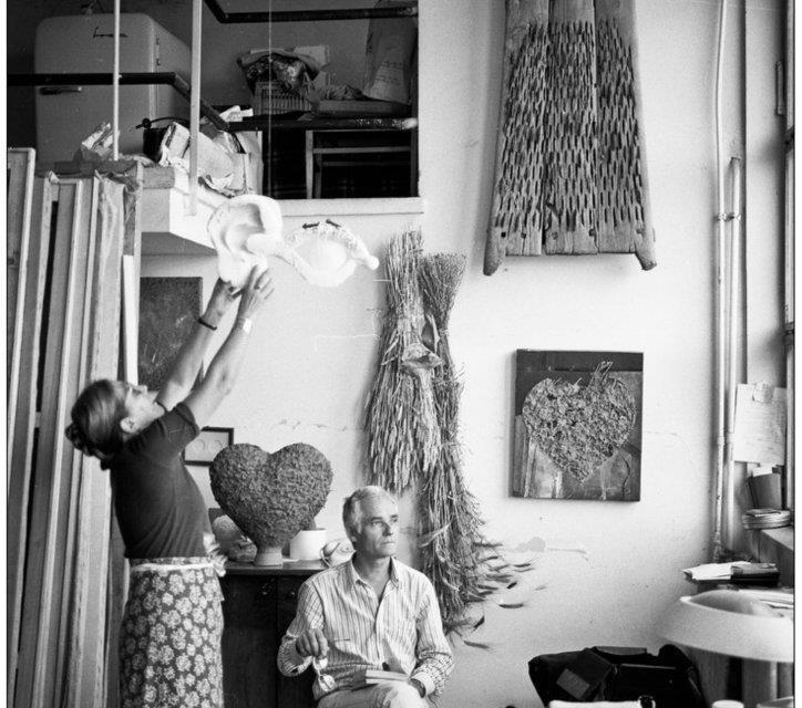 Ion Nicodim în atelierul său anii 80