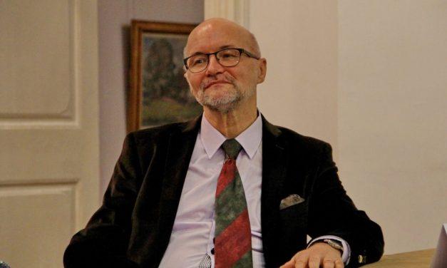 Lucian Nastasă-Kovacs despre intimitatea amfiteatrelor și viaţa privată a universitarilor