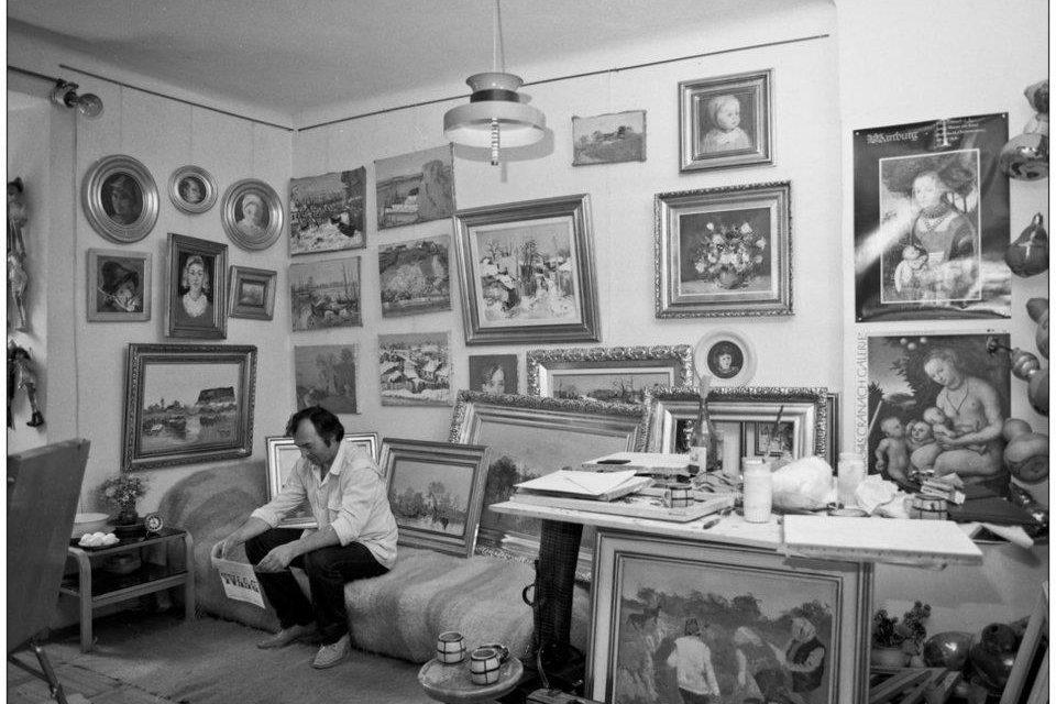 Nicolae Blei în atelier în anii 80