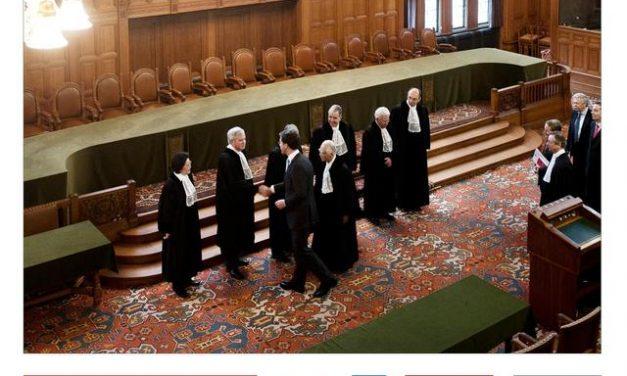 """Conferința """"Dreptul internațional, o succesiune de argumente în perechi"""", la Palatul Suțu"""