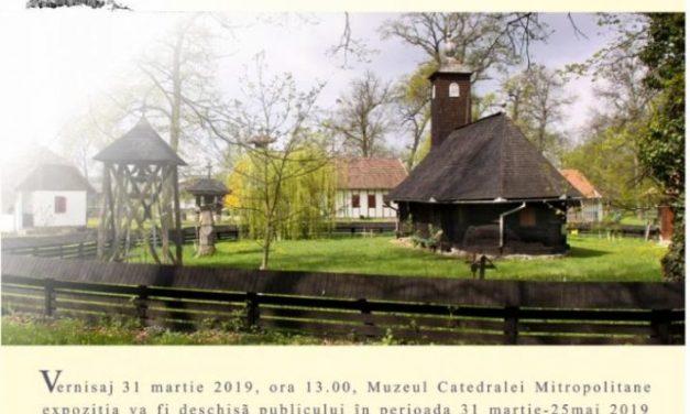"""Expoziția """"LA RĂSCURCEA SATULUI – LUMINI STRĂPUNSE"""" @ Muzeul Catedralei Mitropolitane din Timișoara"""