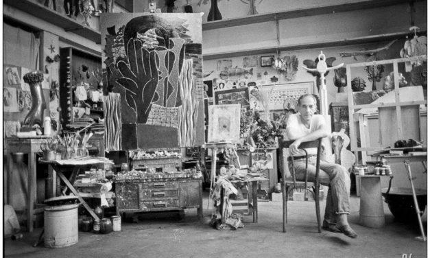 Ion Alin Gheorghiu în atelierul său, anii 80