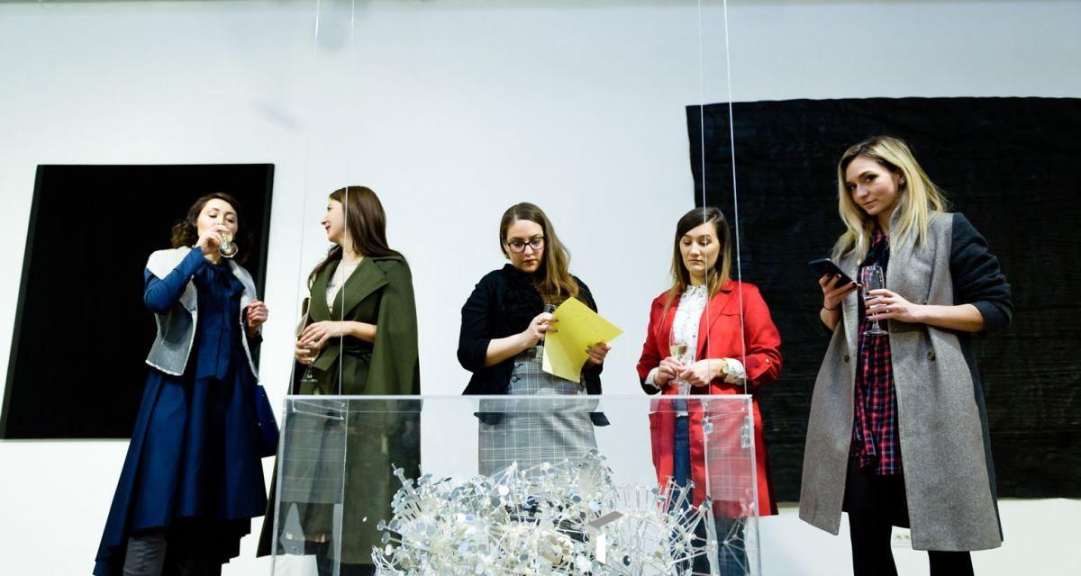 Ecouri ale liniștii – expoziție de artă contemporană, la Timișoara