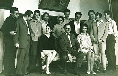 Corneliu Baba, Promoţia 1963: Liviu Lăzărescu, Filora Iosif, Cornel Ioanescu, Constantin Albani, Florin Ciubotaru, Ion Cojocaru, Henri Mavrodin, Ana Drăguşanu, Georghi Petrov, Francisc Bartok