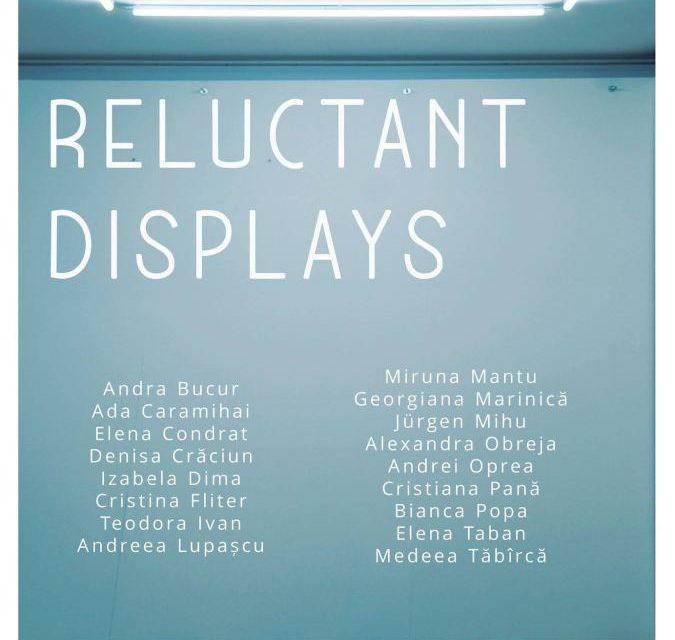 """Proiectul """"Reluctant displays aduce"""" la ETAJ – artist-run space, București"""