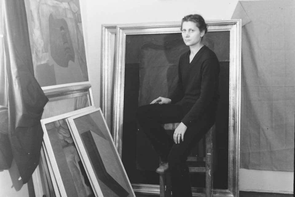 Marilena Preda Sanc în atelier, anii 80