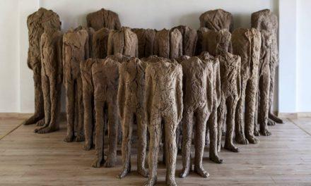"""Expoziția """"Magdalena Abakanowicz (1930-2017): Prezență, esență, identitate"""" @ Muzeul de Artă Timișoara – Palatul Baroc"""