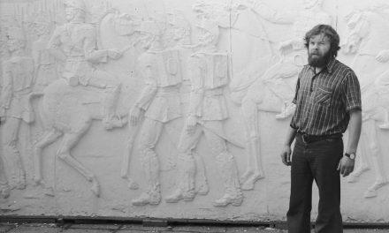 Sculptorul Pavel Bucur