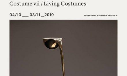 """Expoziție Aron Demetz """"Costume vii/ Living Costumes"""" @ Muzeul de Artă Cluj-Napoca"""