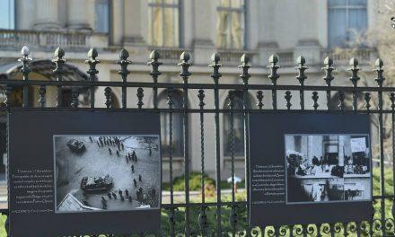 Evenimentele din Decembrie '89, într-o expoziţie foto-documentară AGERPRES, în Piaţa Revoluţiei, la MNAR