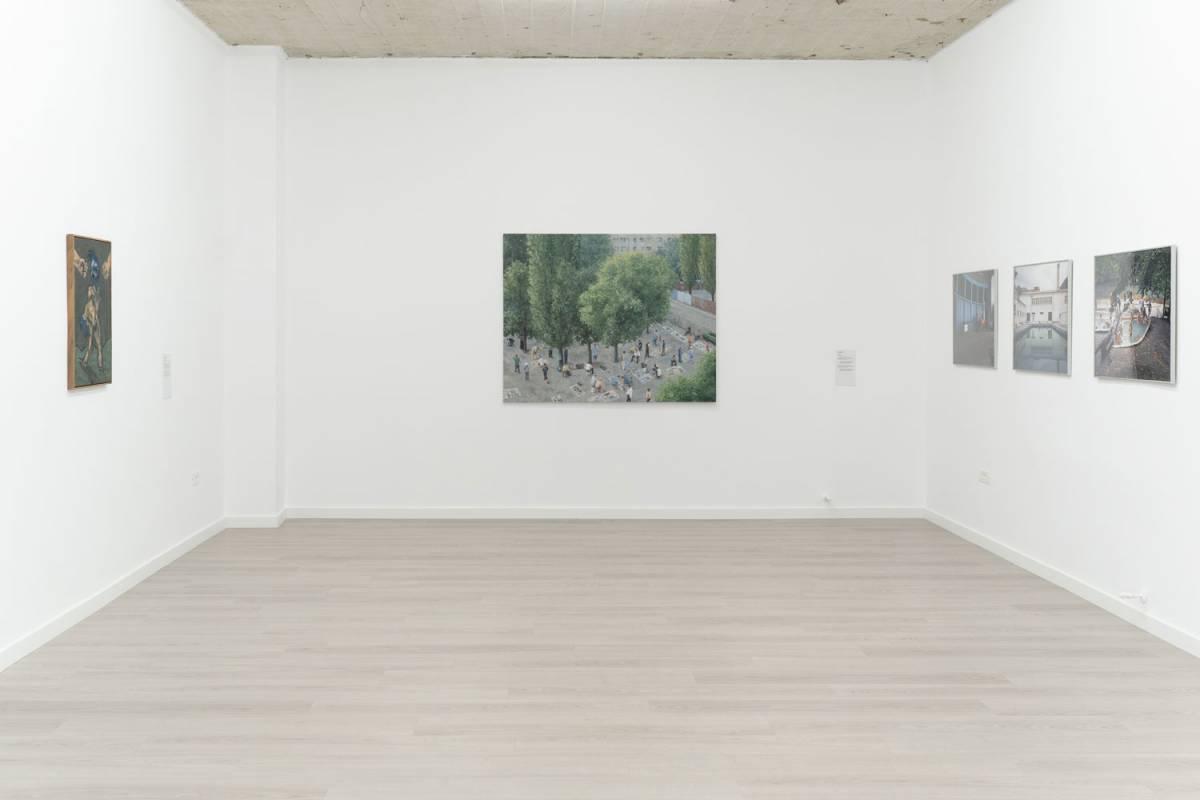Imagine din expoziție. De la stânga la dreapta: Andrei Chintilă, Șerban Savu, Michele Bressan. Credit foto: infi.ro